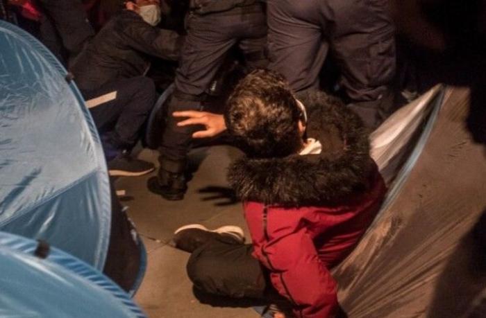 Fransadakı etirazlarda 62 polis xəsarət aldı