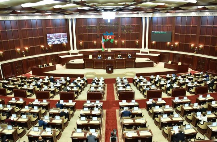 Milli Məclis Hesablama Palatasının hesabatını qəbul etdi — YENİLƏNİB