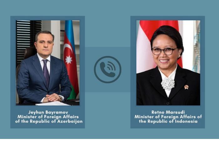 Azərbaycan və İndoneziya XİN başçıları arasında telefon danışığı oldu