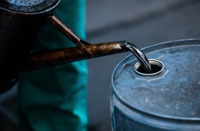 Azərbaycan nefti 1%-ə yaxın ucuzlaşdı