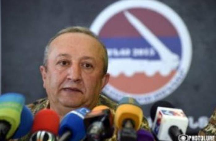 "General Akopyan: ""Paşinyanın psixi problemləri var"""
