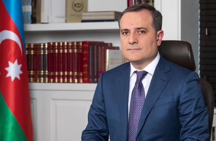 """Ceyhun Bayramov: """"Ölkəmizə və dünyamıza sülh, sağlamlıq, bərəkət arzulayıram"""""""