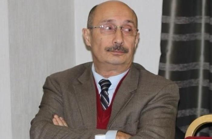 """""""Baş verənlər Ter-Petrosyanın devrilməsini xatırladır, ancaq..."""" — Zərdüşt Əlizadənin şərhi"""