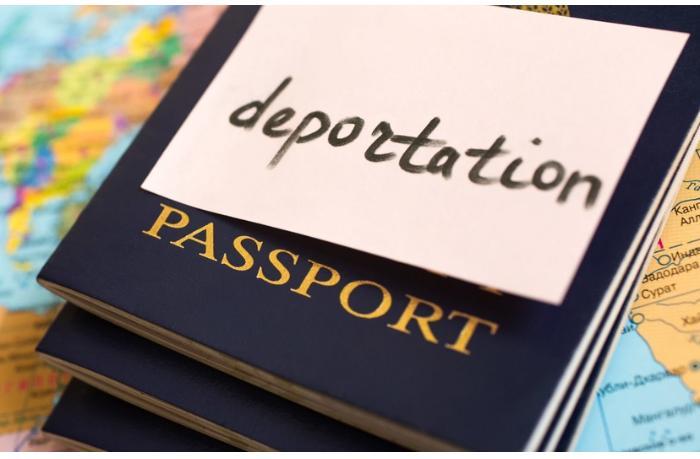Avropadan daha 10 azərbaycanlı deportasiya olundu