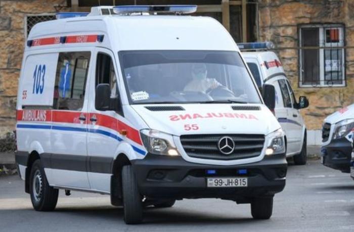 Bakıda iki qardaş bıçaqlandı — Biri öldü