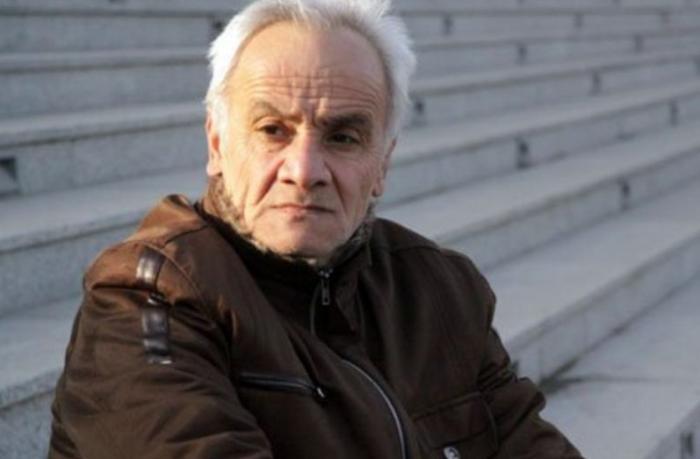 Əməkdar artist 69 yaşında plastik əməliyyat etdirdi