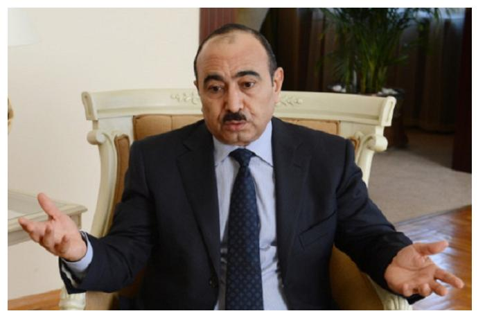 """Əli Həsənov: """"Məni heç bir iş üzrə, heç bir yerdə də sorğulamayıblar"""""""