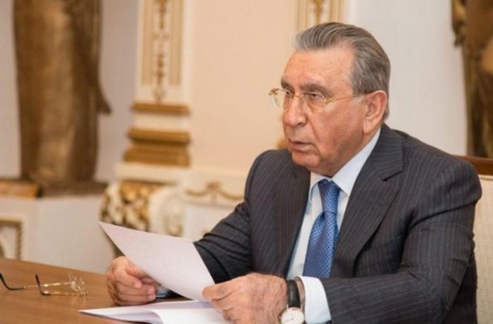 İşdən çıxarılan AMEA əməkdaşı Ramiz Mehdiyevi məhkəməyə verdi
