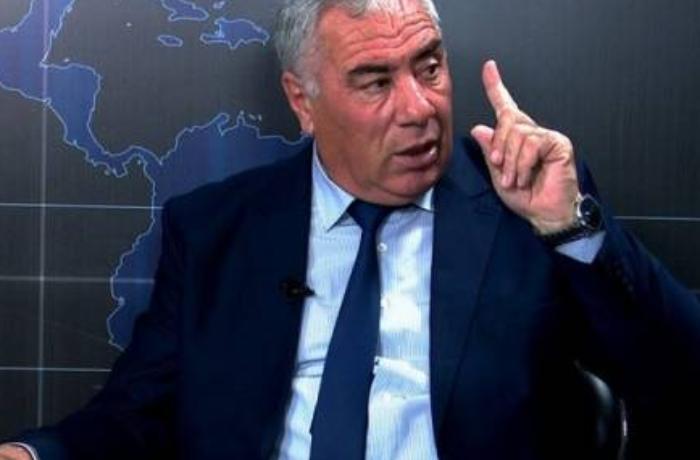 """""""Eldar Quliyev hesablasın ki, özü 300-500 manatla dolana bilərmi?"""""""