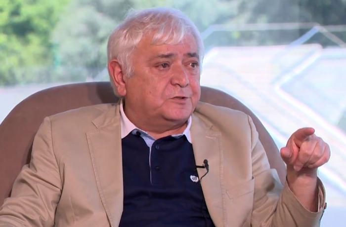 """""""Siyavuş Novruzov milyoner oğlu olmayıb, ola bilər ki, tələbə vaxtı işləyib"""" — Aqil Abbas"""