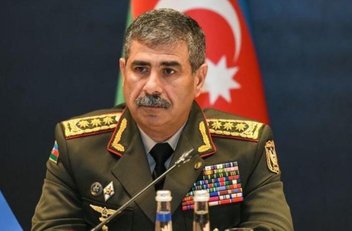 Zakir Həsənov Azərbaycan Ordusunu təbrik etdi