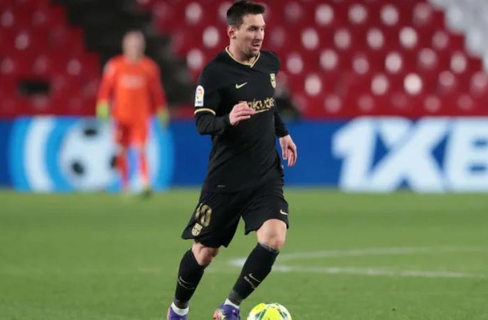 """Messi """"Barselona"""" ilə ömürlük müqavilə üçün şərtini açıqladı"""