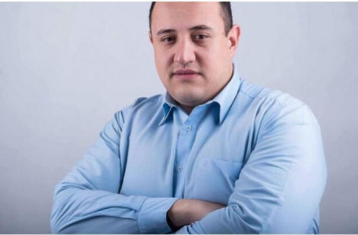 """""""Xain Nikol məmnuniyyətlə Əliyevin ayaqqabısını yalayır"""" — Miqran Akopyan"""