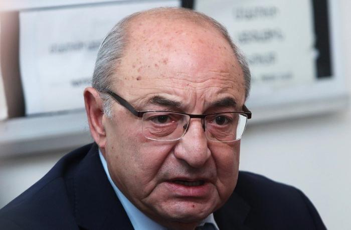 Vazgen Manukyana cinayət işi açıldı