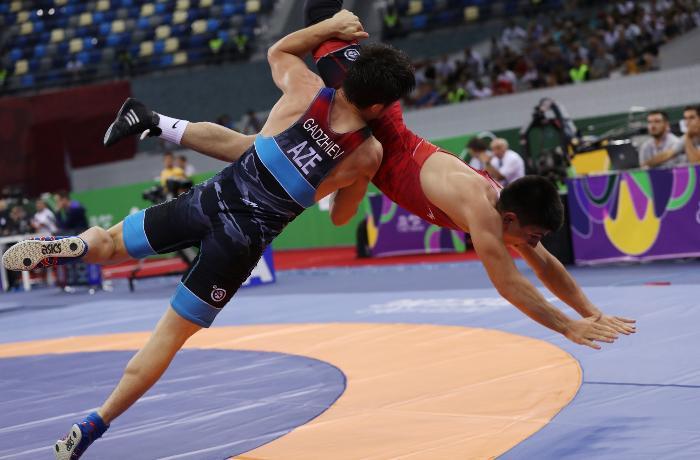 Qran-pri: Sərbəst güləşçilərimiz 5 medal qazandı