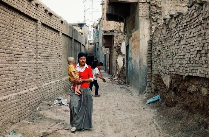 """ABŞ Çinin uyğurlara qarşı hərəkətlərini """"soyqırımı"""" elan etdi"""