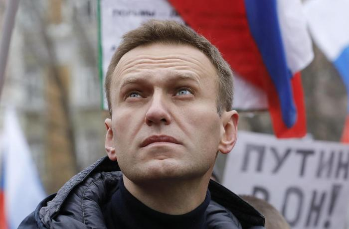 Navalnı Moskvaya gələrkən 8 şəxsin adını verib — SİYAHI