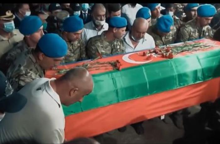 Nigar Camal və Aygün Bəylər şəhidlərə mahnı həsr etdi — VİDEO