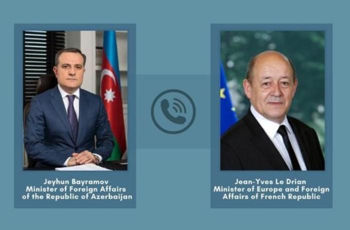 Azərbaycan və Fransa XİN başçıları Qarabağ bəyanatını müzakirə etdilər