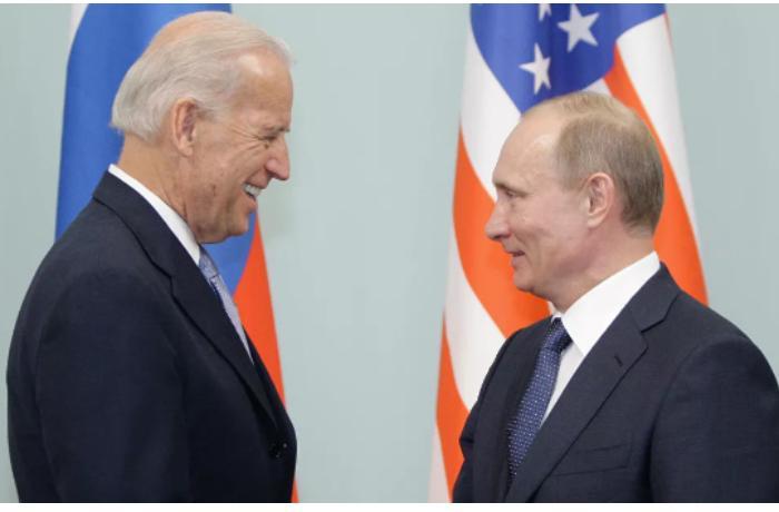Finlandiya Baydenlə Putinin görüşünə ev sahibliyi etmək istəyir