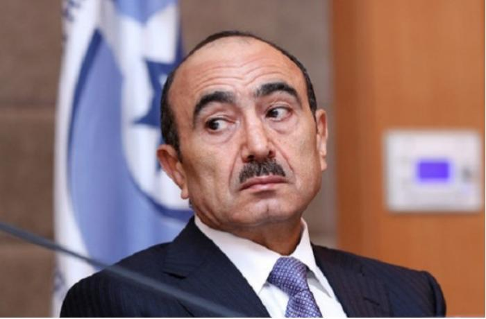 """Əli Həsənov indi onu söyən keçmiş baş redaktorlarından danışdı: """"O fikirdə deyiləm ki, hər şeyi ideal etmişəm..."""""""