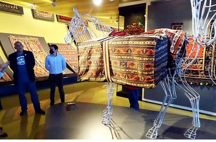 Peru mətbuatı: Dünyada ilk xalça muzeyinin əsası Bakıda qoyulub