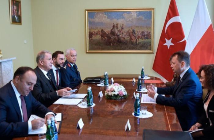 Polşa Türkiyədən yeni silahlar alacaq