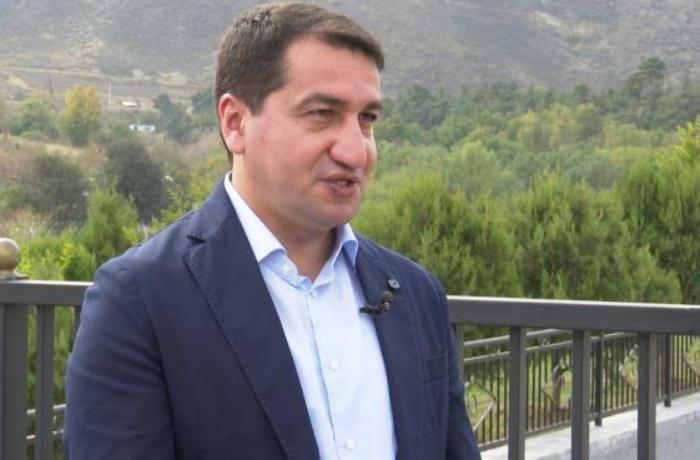 """Hikmət Hacıyev: """"Dağıntını görən diplomatlardan heç kim danışmağa cəsarət tapa bilmədi"""""""
