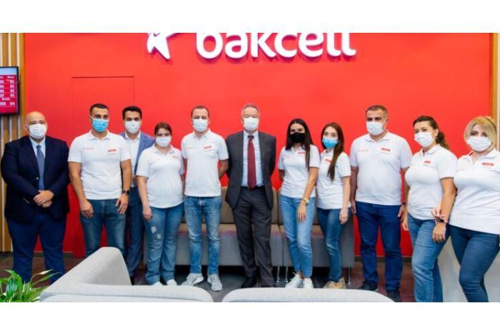 Bakcell Bakının mərkəzində yenilənmiş konsept mağazasını təqdim etdi — VİDEO