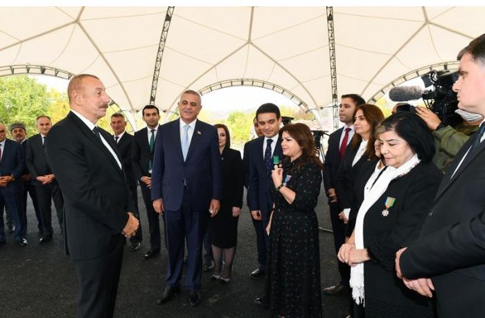 """Prezident: """"Laçın dəhlizinə çıxdıqda düşmən də bildi ki, artıq müqavimət göstərməyin mənası qalmayıb"""""""
