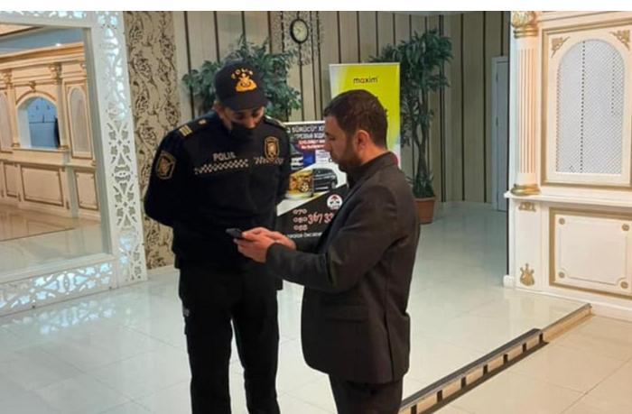 DİN: COVID-19 pasportu olmayan mərasim yerlərinə polis qrupları cəlb edilib