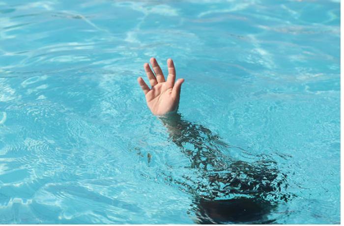 Masazırda beş yaşlı uşaq hovuzda boğuldu