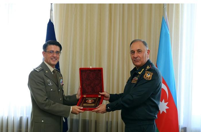 Kərim Vəliyev NATO nümayəndəsi ilə görüşüb
