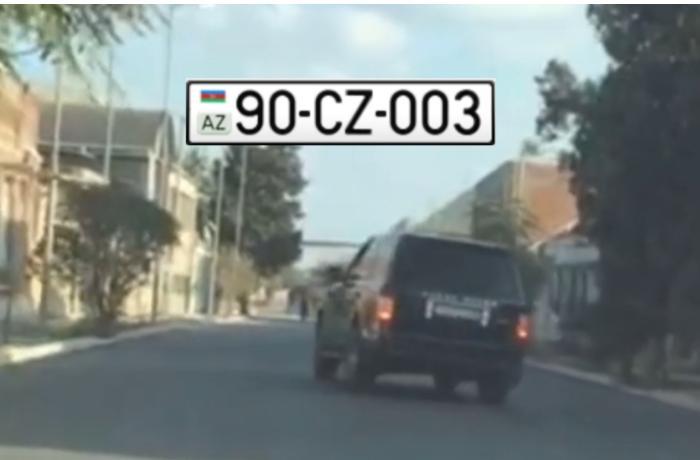 """Şəhərdə """"miqalka""""lı """"Range Rover""""i 200-lə sürüb """"avtoş""""luq etdi — VİDEO"""