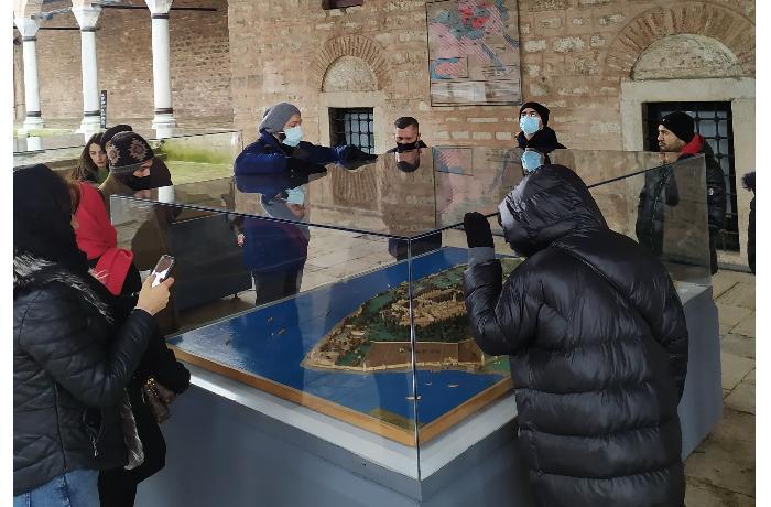 Azərbaycanlı jurnalistlər Topqapı sarayında və Aya Sofya məscidində — FOTOLAR