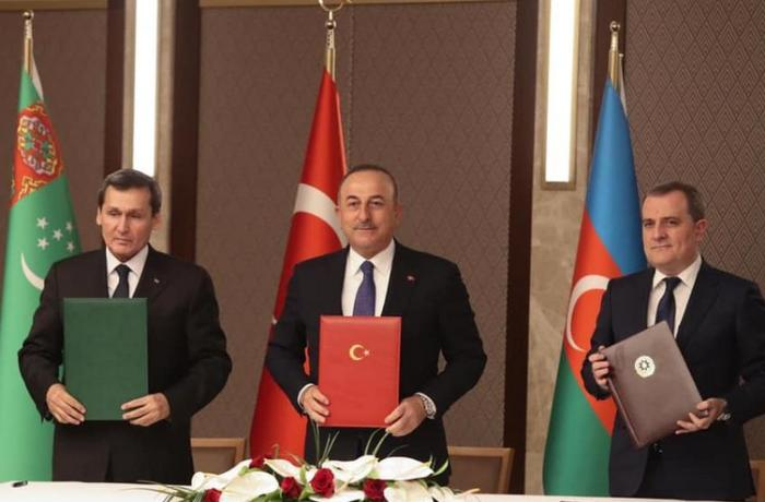 Türkiyə-Azərbaycan-Türkmənistan zirvəsinin pərdəarxası — Ermənistana bəd xəbər
