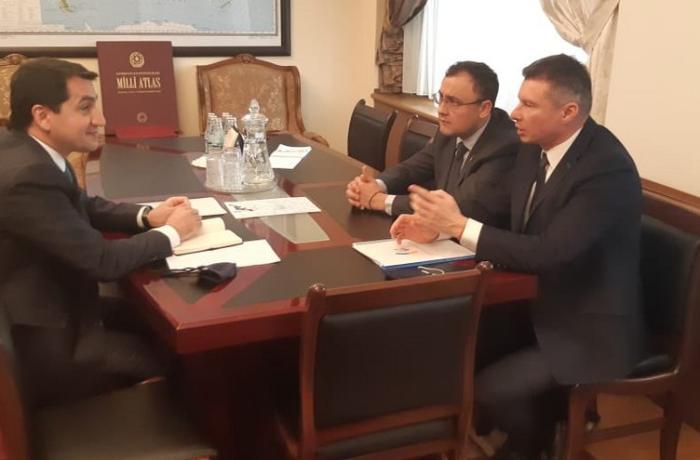 Hikmət Hacıyev Ukrayna XİN başçısının müavini ilə görüşdü
