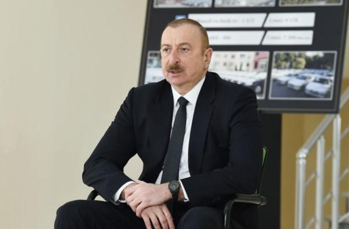 Prezident şəhid ailələri və müharibə əlilləri ilə görüşdü — YENİLƏNİB