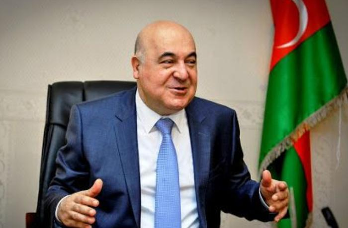 """Çingiz Abdullayev: """"Qoy bir-birlərini məhv etsinlər"""""""
