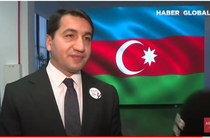 Hikmət Hacıyev Prezidentin mətbuat konfransından DANIŞDI — VİDEO