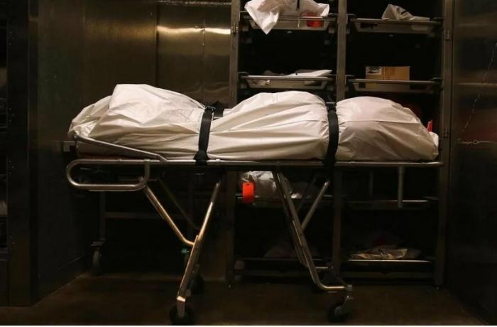 Bakıda mənzildə 54 yaşlı kişinin meyiti aşkarlandı