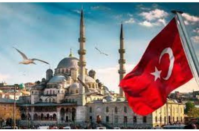 Türkiyə diplomatik qalmaqala görə İtaliyadan hərbi helikopter almaqdan imtina etdi