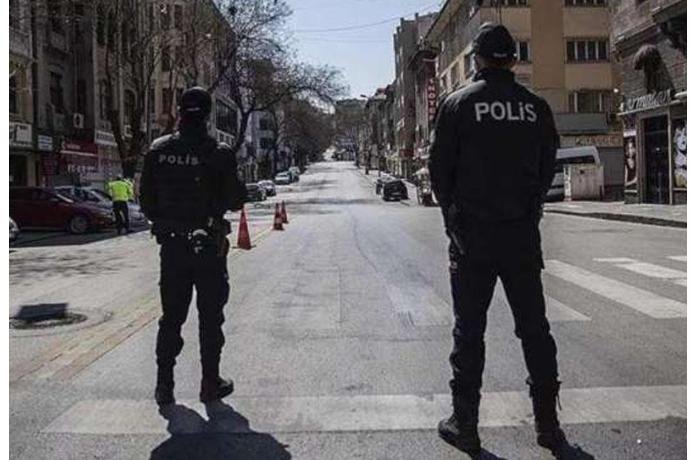 Qadın 200 nəfəri virusa yoluxdurdu — Polis əraziyə giriş-çıxışı bağladı
