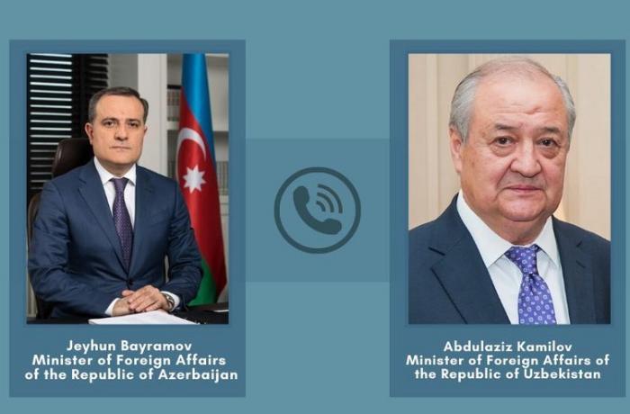 Azərbaycan və Özbəkistan XİN başçıları arasında telefon danışığı oldu