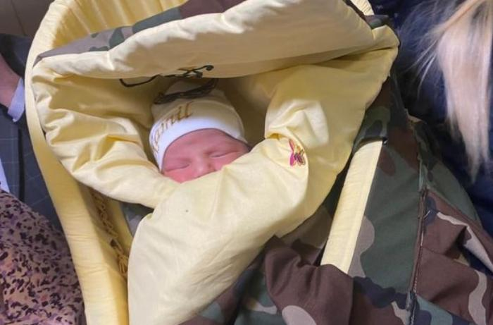 Daha bir şəhidin adı yeni doğulan övladına verildi — FOTOLAR