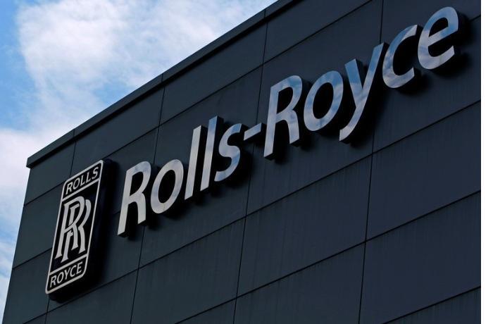 """""""Rolls-Royce"""" satış rekorduna imza atdı"""