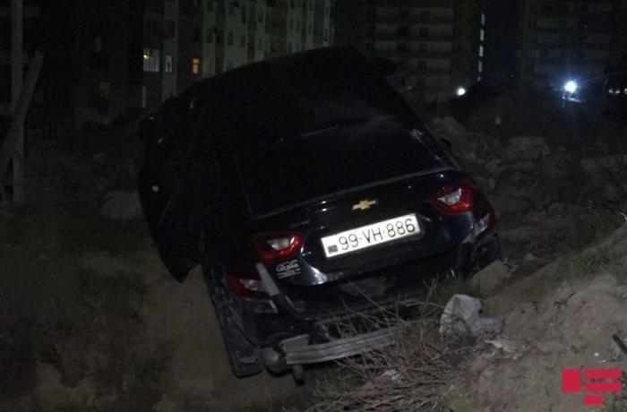 Bakıda silahlı insident: Avtomobilə atəş açıldı