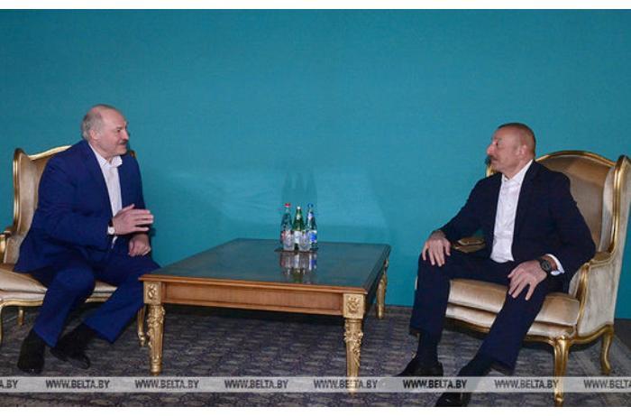 İlham Əliyev ilə Lukaşenkonun qeyri-rəsmi görüşü oldu