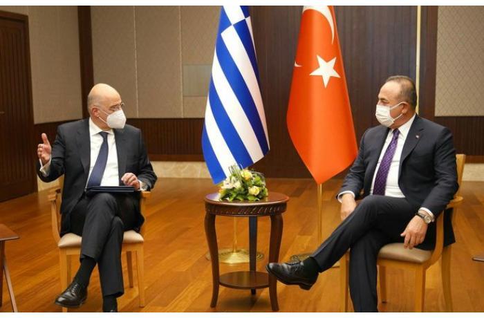 Türkiyə və Yunanıstan XİN başçıları görüşdü