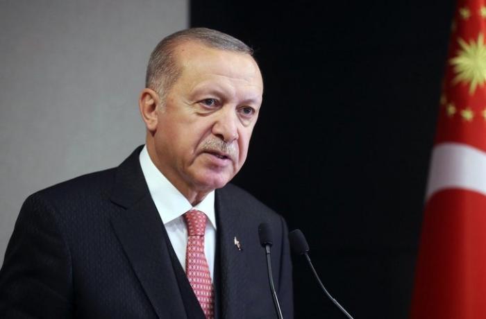 Ərdoğan Turqut Özalın anım mərasiminə qatıldı